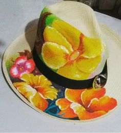 Sombreros One Stroke Painting, Tole Painting, Fabric Painting, Painted Hats, Painted Clothes, Hand Painted, Jane's Addiction, Diy Hat, Fashion Painting