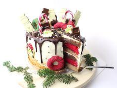 christmas drip cake