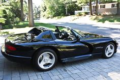 Bid for the chance to own a 1994 Dodge Viper at auction with Bring a Trailer, the home of the best vintage and classic cars online. Viper Gts, Dodge Viper, Jose Martinez, Cute Dragons, Us Cars, Classic Cars Online, Manual Transmission, Plymouth, Ferrari