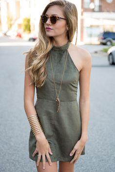vestido de suede