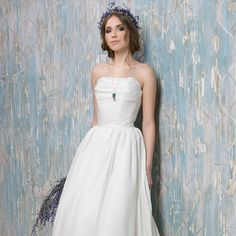 Romantic wedding dress Bohemian wedding dress by VICTORIASPIRINA