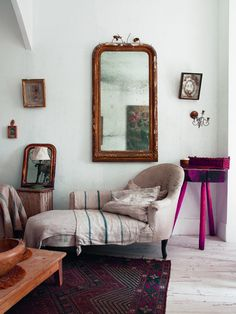 How Today's Homeowners Are Foraging for Good Design Living Area, Living Room Decor, Living Spaces, Distressed Walls, Slow Design, Beautiful Interiors, Colorful Interiors, Architectural Digest, Decoration
