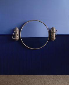 Blue Wall Decor, Wall Decor Design, Table Design, Design Blog, Design Trends, Set Design, Home Decor Shelves, 2020 Design, Design Furniture