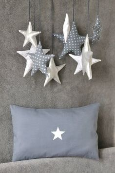 Etoiles I See Stars, Love Stars, Stern Leuchtet, Christmas Star Decorations, Christmas Crafts, Lucky Star, Twinkle Twinkle Little Star, Bunting Banner, Simple Christmas