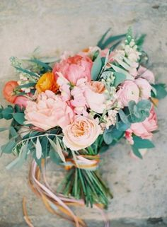 34 Summer Wedding Bouquets | HappyWedd.com