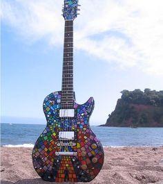 Matthew Bellamy's guitar (MUSE) The Resistance Mosaic Artwork. Easy Guitar, Guitar Tips, Cool Guitar, Guitar Painting, Guitar Art, Guitar Crafts, Guitar Songs, Unique Guitars, Custom Guitars