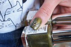 Nail art The Legend of Zelda (Triforce) - Chlokeispolished.com
