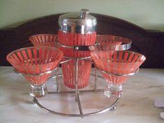 Retro Vintage Cocktail Shaker Set Plus Holder