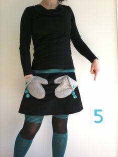 Du fil et mon ... J5 : MeMadeMars : Jupe moufles ? Non ? Si ! Une cousette pour la jupe du mois sur T&N l'année dernière je crois ...