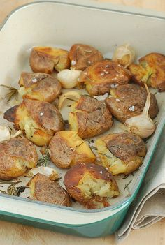 Smashed roast potatoes