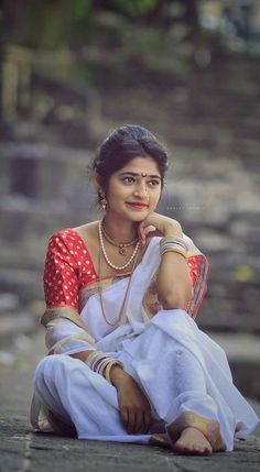60 Ideas For Painting Girl Photography Photographers Dehati Girl Photo, Girl Photo Poses, Girl Photos, Beautiful Girl Photo, Beautiful Girl Indian, Beautiful Indian Actress, Indian Wedding Photography Poses, Photography Poses Women, Food Photography