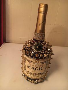 Bedazzled Liquor Bottles, Glitter Champagne Bottles, Decorated Liquor Bottles, Bling Bottles, Custom Wine Bottles, Hennessy Bottle, Candy Arrangements, Rhinestone Crafts, Wine Bottle Design