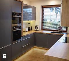 Grey Kitchen Designs, Kitchen Room Design, Kitchen Corner, Kitchen Cabinet Design, Home Decor Kitchen, Interior Design Kitchen, Home Kitchens, Kitchen Cabinets, U Shaped Kitchen Interior