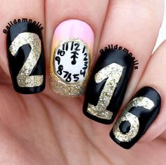 """Lauren Wilkin on Instagram: """"HAPPY NEW YEARS EVE! I hope everybody has a fun and safe night celebrating!  What is your New Years resolution going to be!? The beautiful gold polish is @Dior """"state of gold"""" #newyear #newyears #newyearseve #2016 #2015 #nye"""
