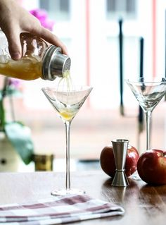 Apple Cider Punch Martini  Here's what you'll need for one martini: 3 ounces apple cider 2 ounces orange juice 1 ounce vodka Lemon wedge 1 ounce sparkling white wine or champagne Fresh apple, sliced