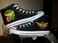 8-bit Legend of Zelda - Link Custom Converse | #8bits #Zelda #DIY