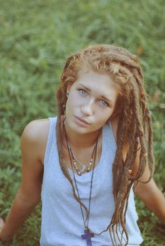 I wish I could pull of dreads but they're so sexy on girls so I will settle for that! (; :: #dreadstop