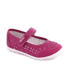 Pantofi din piele naturala pentru fete. Model perforat. Culoare fuchsia. Marca Pablosky.