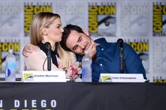 Pin for Later: The 1 Cute Thing Jennifer Morrison and Colin O'Donoghue Always Do at Comic-Con 2016