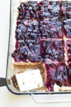 Easy Blueberry Cheesecake Dessert ~ http://www.fromvalerieskitchen.com