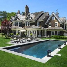 Amazing house and backyard