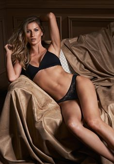 gisele bundchen intimates 2014 campaign photos2 Gisele Bundchen Brings the Sexy for Her Latest Intimates Campaign