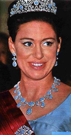 Princess Margaret, wearing the full turquoise parure tiara Royal Crown Jewels, Royal Crowns, Royal Tiaras, Royal Jewelry, Tiaras And Crowns, Elisabeth Ii, Isabel Ii, Casa Real, Royals
