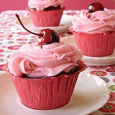 First Kiss Cupcake