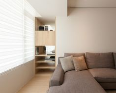 Modern Apartment Design Maximizes Space, Minimizes Distraction