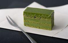 抹茶生チョコレートケーキ