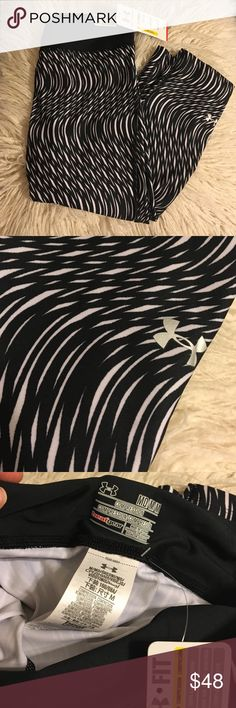 Under Armour Compression Capris Under Armour compression capris in black and white pattern // sizes S & M available. Brand new never used  No trades No lowballing ✅Bundle Discount  Authentic items  ✨purchase at listed price get a free gift✨ Under Armour Pants Leggings