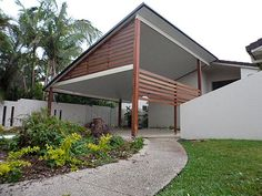 A carport is a practical alternative to a garage that gives your vehicle protection from the elements. Use our cost guide to work out how much to budget for it. Carport Plans, Carport Garage, Pergola Carport, Steel Pergola, Diy Pergola, Pergola Plans, Carport Ideas, Garage Doors, Courtyards