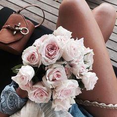 fashion, bags, and gorgeous flowers .. X ღɱɧღ ||