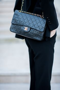 Chanel flap bag / Anna Sofia - Style Plaza