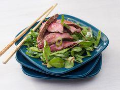 En deilig og sunn salat som passer til både lunsj og middag!