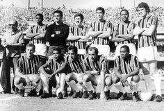 Em pé, da esquerda para a direita: Gilberto Sorriso, Sérgio Valentim, Roberto Dias, Edson, Jurandir e Forlan. Agachados: Paulo, Terto, Toninho Guerreiro, Gérson e Paraná.