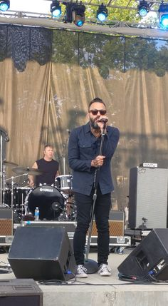 #Justin#Furstenfeld #Blue#October Indy August 11, 2017 Had the opportunity to talk to Jeremy Furstenfeld and Ryan Delahoussey...seriously awesome guys