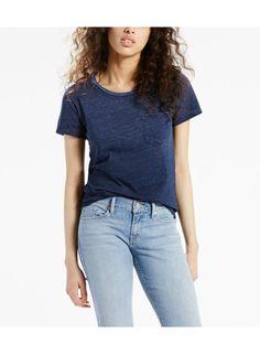 Deep Midnight Indio. Vardags-t-shirt med en ficka har en klassisk passform 3085d25dc88f6
