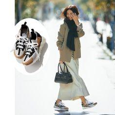 2019年冬のカジュアルコーデをもっとおしゃれにアップデートする方法【後編】 Stella Mccartney Elyse, Japanese Fashion, My Beauty, Asian Woman, Photo Galleries, Lady, Gallery, Japan Fashion