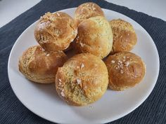 Krysy v Kuchyni: Bezlepkové tvarohové bulky Pretzel Bites, Gluten Free Recipes, Muffin, Food And Drink, Health Fitness, Pasta, Bread, Baking, Breakfast