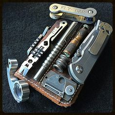 Everything EDC in the UK. Submit your pictures and videos of your own EDC items Survival Skills, Survival Gear, Urban Survival, Survival Stuff, Camping Survival, Camping Gear, Backpacking, Bushcraft, Urban Edc