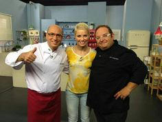 """The spanish singer Soraya Arnelas with the stars of the cooking show, """"Buenas Migas"""" from Canal Extremadura. #Neolith #NeolithKitchen"""