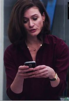 emily mortimer from the newsroom wearing dominique cohen 5 coin delicate drop necklace...the 'mackenzie'