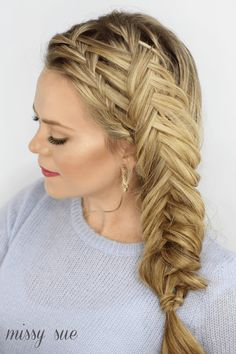 "Fishtail braids are one of the most beautiful and versatile braided hairstyles out there. And on top of that, theyRead More Beautiful Fishtail Braids Hairstyles You Must See"" Box Braids Hairstyles, Fishtail Braid Hairstyles, Braided Hairstyles Tutorials, Summer Hairstyles, Unique Braided Hairstyles, Chic Hairstyles, Curls For Medium Length Hair, Braids For Long Hair, Up Dos"