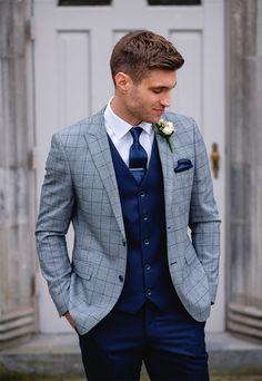Wedding men, wedding suits, wedding suit styles, mens fashion s Men's Suits, Groomsmen Suits, Wedding Suit Styles, Wedding Suits, Wedding Attire, Groom Outfit, Groom Attire, Wedding Groom, Wedding Men