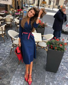 10 Phrases Well-Dressed Women Never Say - Women's fashion - Kuchen Classy Dress, Classy Outfits, Chic Outfits, Fashion Outfits, Classy Casual, Sophisticated Outfits, Classy Lady, Casual Elegance, Girly Outfits