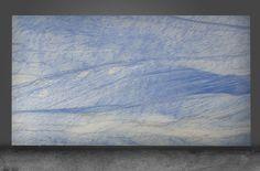 ESTUDIO ARQUÉ 异国情调精选系列 - Azul Macaubas 异国情调,顾名思义,就是五大洲最与众不同的奇异之处的见证。各种独特的石材通过颜色和外观展现在大自然无限的多样性。初看之下,它的光泽跟亮度令人想起当代抽象绘画。一些石材如同玛瑙般透明,背光可以创造出保暖的效果,舒适的氛围以及明亮的环境。 这个系列里面的石材的纹理,颜色,寿命等都十分丰富,适用于任何项目,这是建筑师的梦想更是设计师的梦想。 #stone