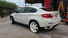 "BMW x6 Powdercoated 24"" Wheels in Sky White"