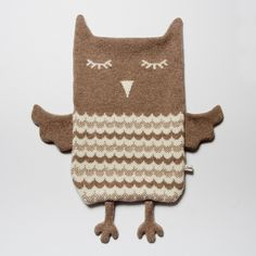 hot water bottle cover - could upcycle an old jumper