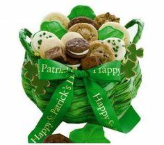 elegant st patricks decorating ideas   How to Make St Patricks Day Gift Baskets (Gift Ideas): Miriam Kinai